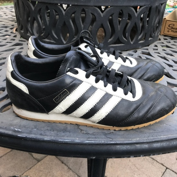 VINTAGE Leather adidas sneakers